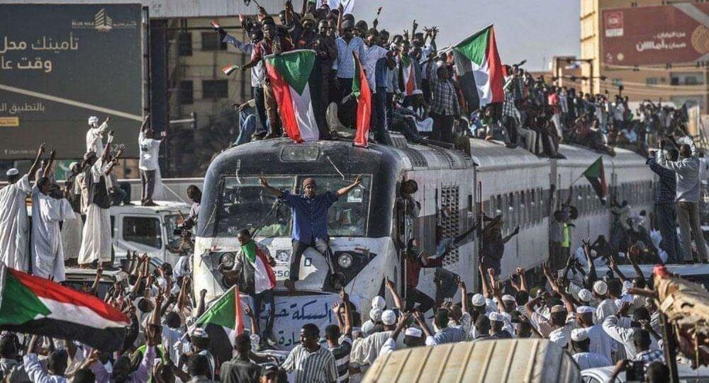 مظاهرات مؤيدة للبشير في السودان، 14 ديسمبر 2019