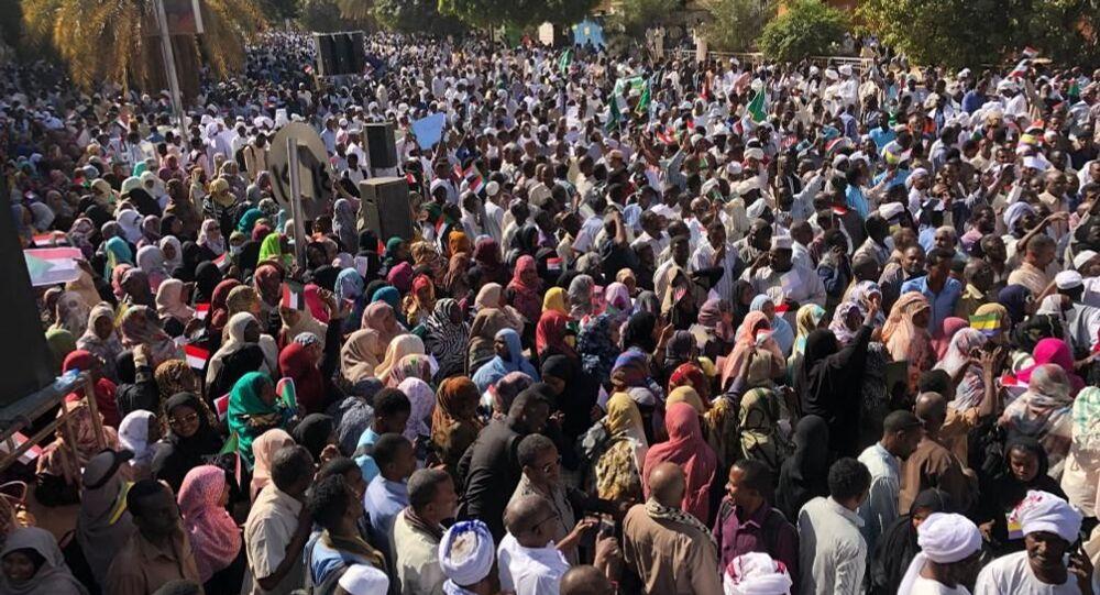 مظاهرات المسيرة الخضراء فى السودان، 14 ديسمبر 2019