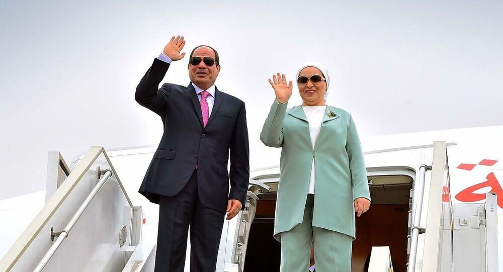الرئيس المصري عبد الفتاح السيسي وزوجته انتصار السيسي