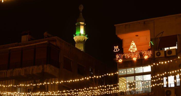 دمشق تستعيد بعضا من ذكريات أعياد الميلاد ورأس السنة