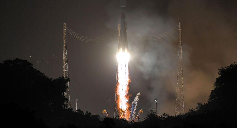 إطلاق صاروخ سويوز-إس تي من منصة إطلاق الصواريخ الفضائية كورو في غويانا الفرنسية، 18 ديسمبر 2019