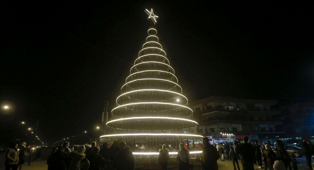 شجرة الميلاد في ساحة العباسيين بدمشق