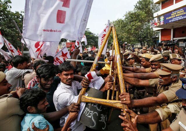 احتجاجات في الهند بسبب قانون الجنسية الجديد