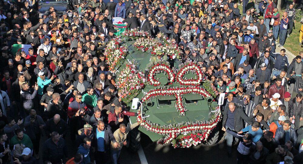 جنازة قايد صالح