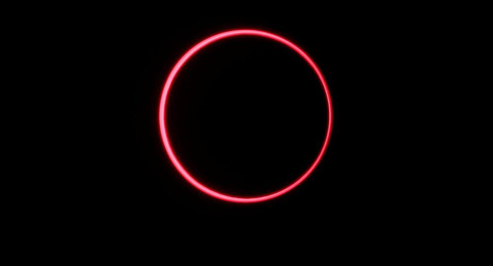 كسوف الشمس الحلقي في سياك، محافظة رياو، إندونيسيا 26 ديسمبر 2019