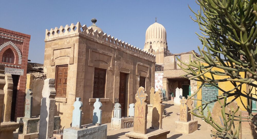 مقبرة المفكر الإسلامي عبد الواحد يحيى بالقاهرة