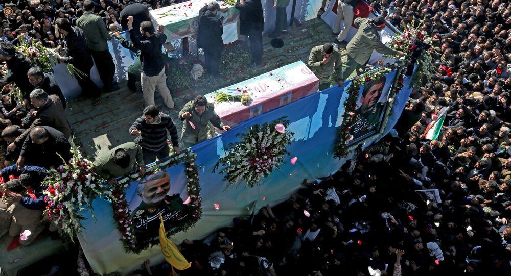 جنازة قائد فيلق القدس التابع للحرس الثوري الإيراني الجنرال قاسم سليماني