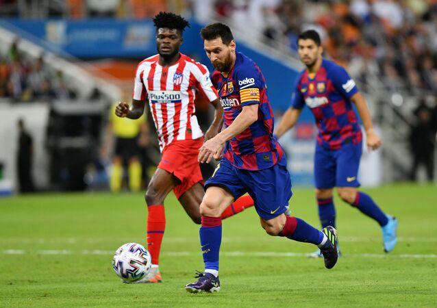 برشلونة وأتليتكو مدريد في السوبر الإسباني