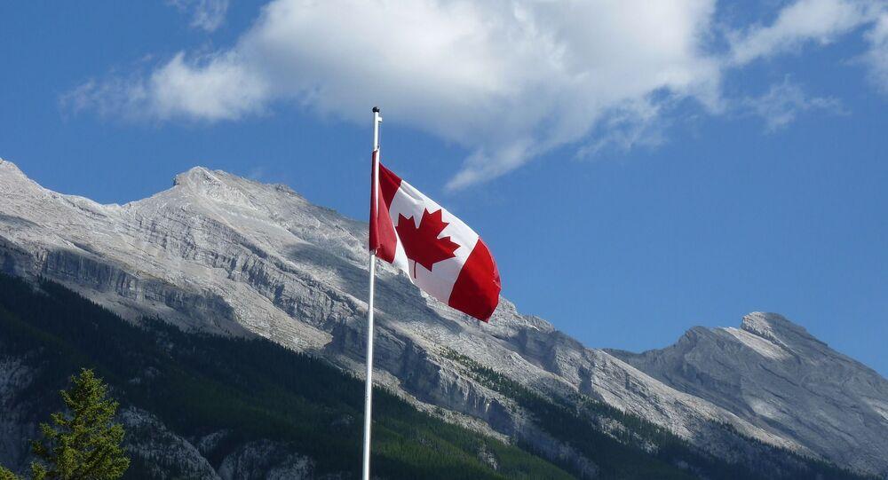 العلم الكندي