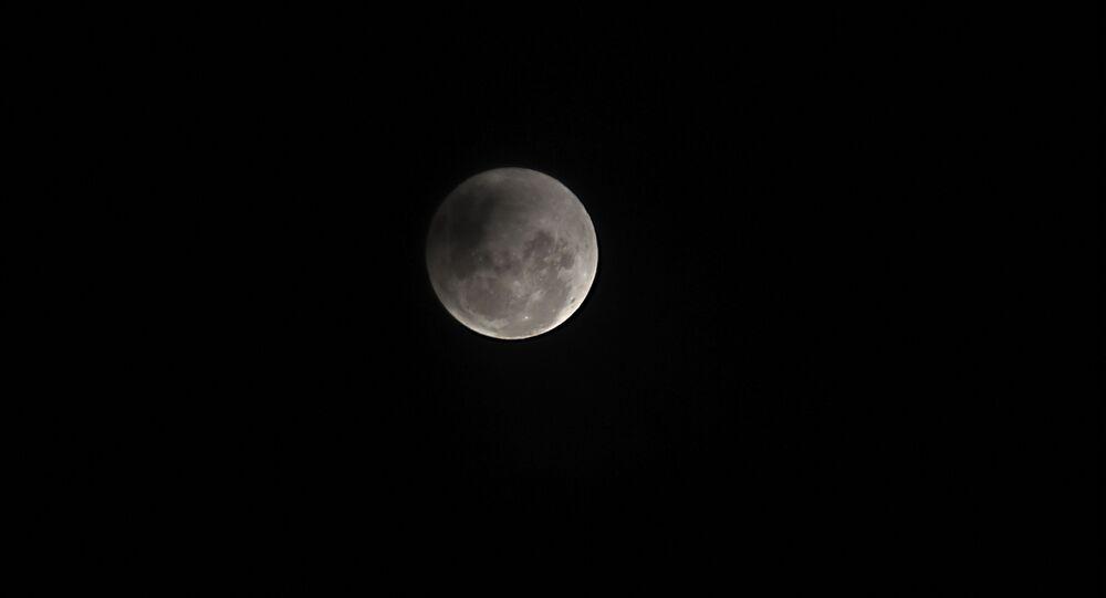 أول ظاهرة فلكية في عام 2020 - خسوف القمر في باراغواي، 10 يناير 2020