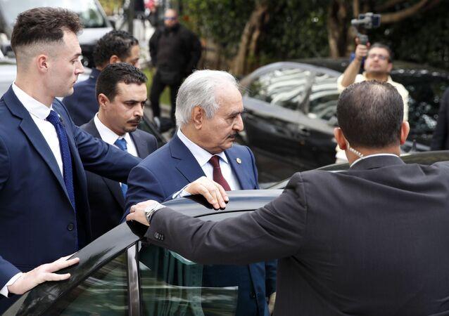 القائد العام للجيش الوطني الليبي، خليفة حفتر في أثينا، اليونان 17 يناير 2020