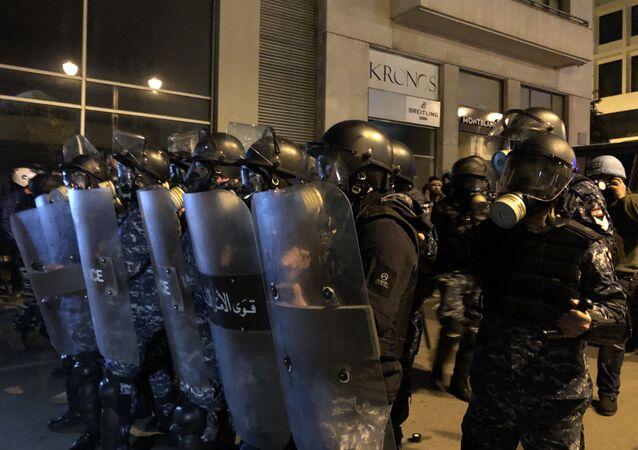 اشتباكات بين المحتجين وقوى الأمن اللبناني، احتجاجات بيروت، 22 يناير 2020