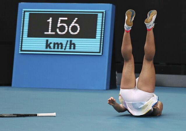 لاعبة التنس الرومانية سيمونا هاليب أثناء المباراة ضد الأمريكية جينيفر برادي في بطولة أستراليا المفتوحة للتنس، 21 يناير 2020