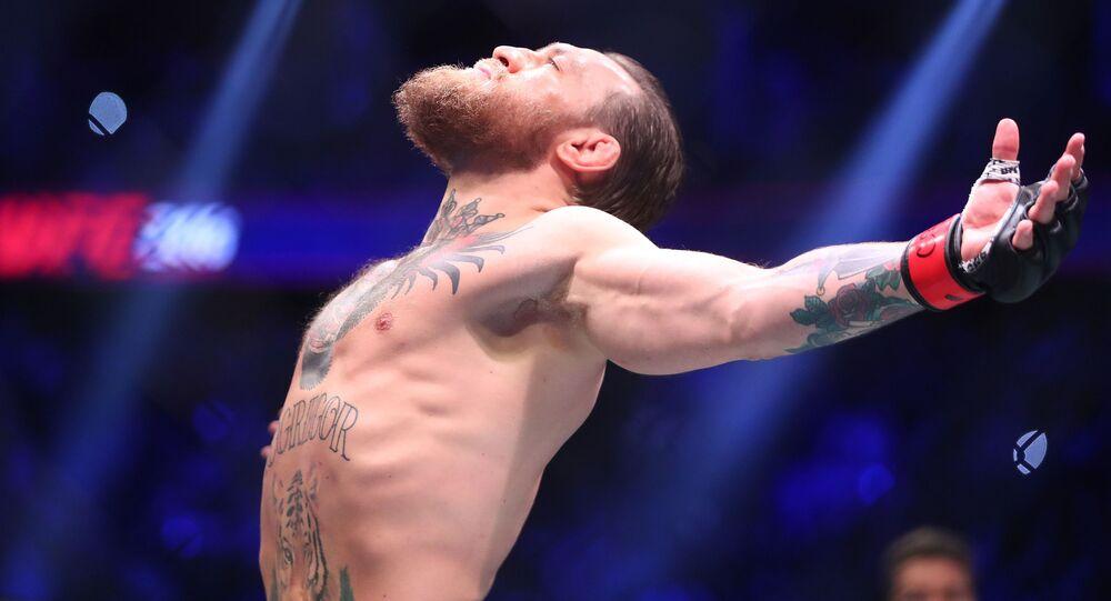 كونور ماكغريغور قبل القتال مع دونالد سيرون في بطولة الفنون القتالية المختلطة ( UFC 246) في ولاية نيفادا الأمريكية، 19 يناير 2020