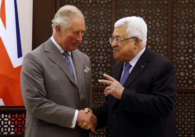 الأمير البريطاني تشارلز يلتقي الرئيس الفلسطيني محمود عباس خلال زيارة قام بها إلى بيت لحم بالضفة الغربية، 24 يناير/ كانون الثاني 2020