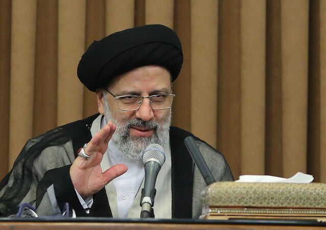 رئيس السلطة القضائية الإيرانية آية الله إبراهيم رئيسي