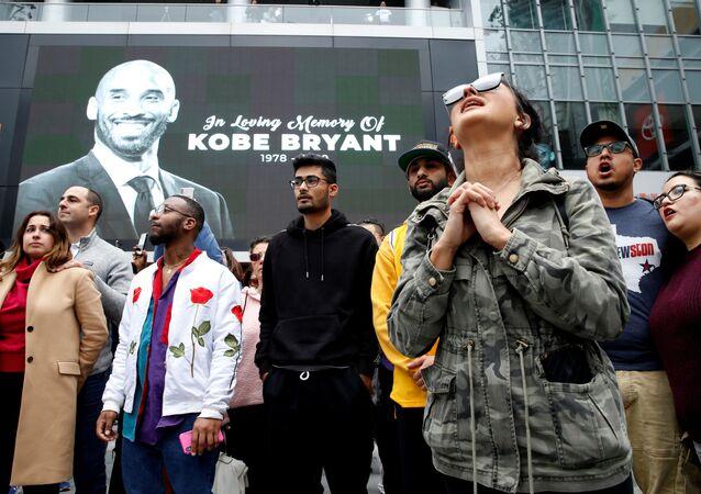 فعالية لتكريم ذكرى أسطورة كرة السلة الأمريكية كوبي براينت في لوس أنجلوس، 26 يناير 2020
