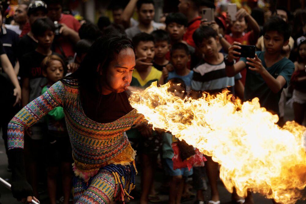 احتفالات برأس السنة الصينية الجديدة في مانيلا، الفلبين 25 يناير 2020
