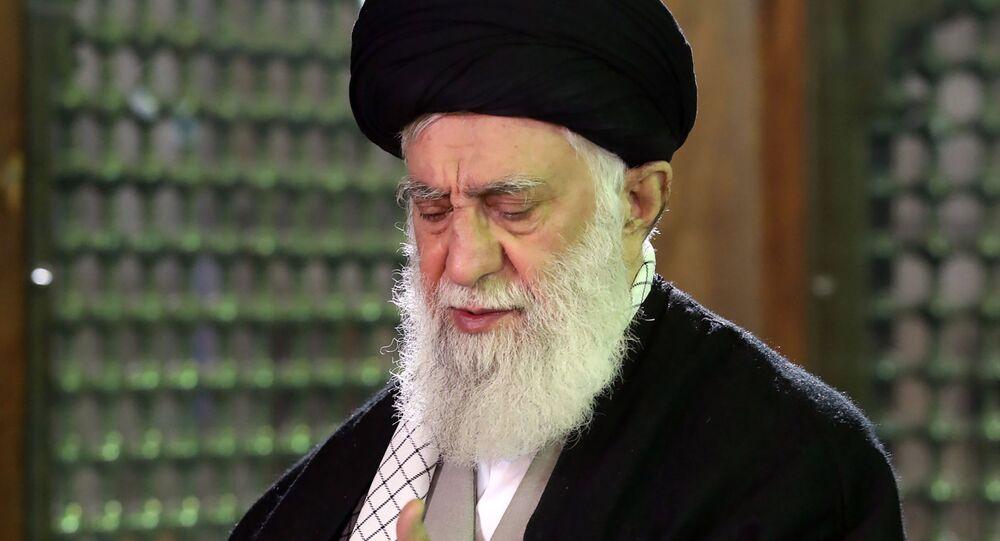المرشد الإعلى للثورة الإيرانية آيه الله علي خامنئي
