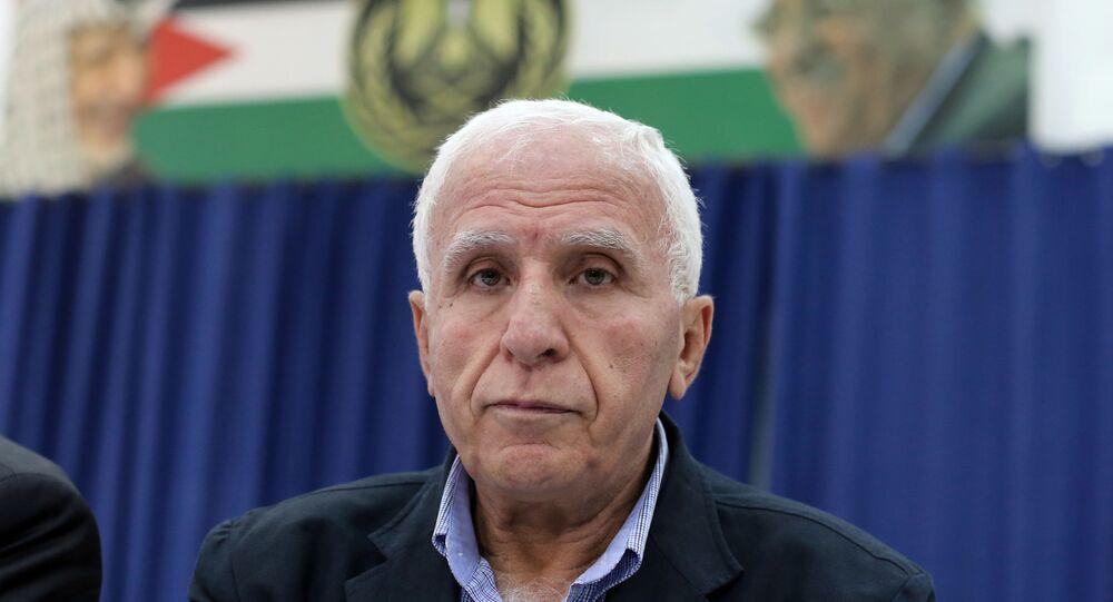 عزام الأحمد، عضو اللجنة التنفيذية لمنظمة التحرير الفلسطينية والقيادي في حركة فتح