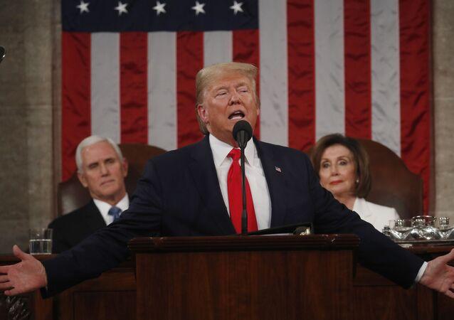 دونالد ترامب خلال إلقائه خطاب حالة الاتحاد أمام الكونغرس الأمريكي
