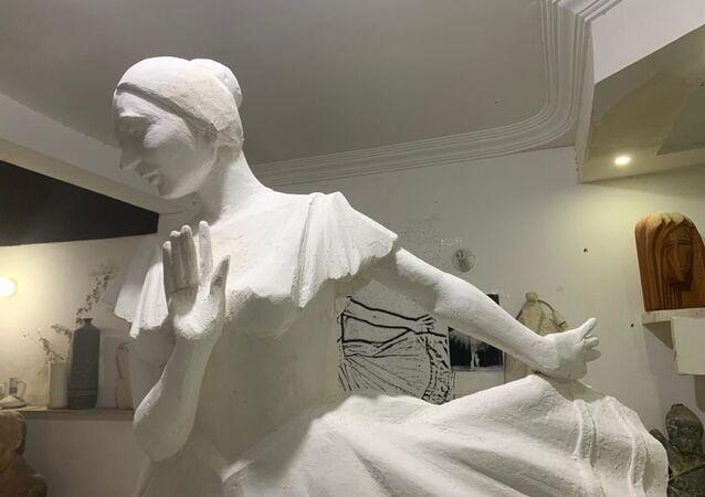 تمثال راقصة الباليه الروسية آنا بافلوفا