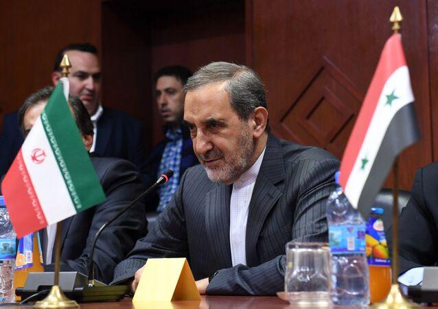 مستشار المرشد الإيراني للشؤون الدولية، علي أكبر ولايتي