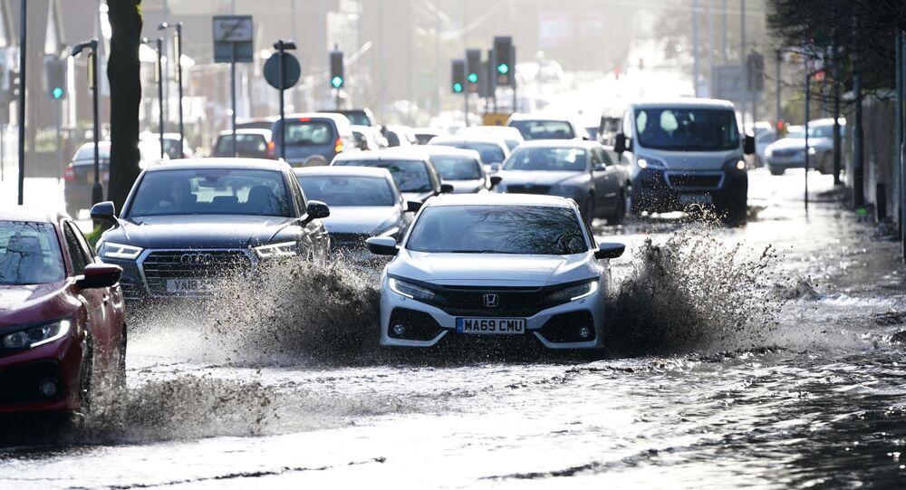 إعصار سيارا، أمطار و ثلوج، في أوروبا، بريطانيا 10 فبراير 2020
