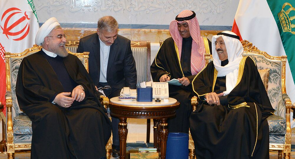 أمير الكویت الشيخ صباح الأحمد الجابر الصباح مع الرئيس الإيراني حسن روحاني