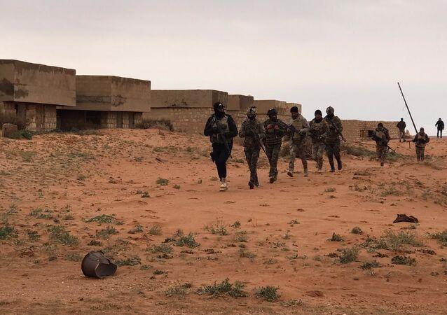 القوات العراقية تتقدم سريعا وتدمر صواريخ خلافة داعش قرب الأردن وسوريا (صور)