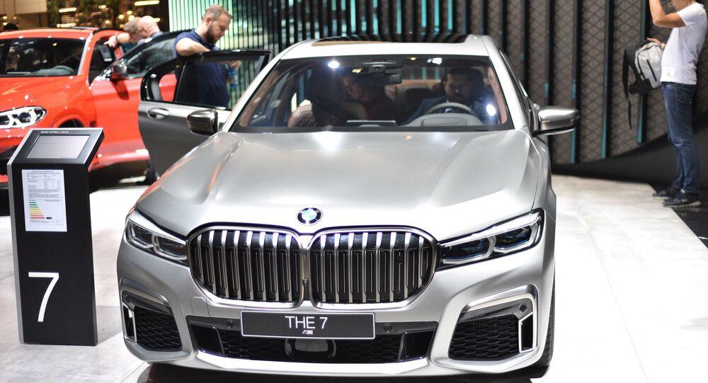 سيارة BMW M760Li، ألمانيا