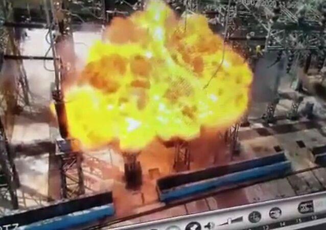 انفجار هائل في محطة كهرباء