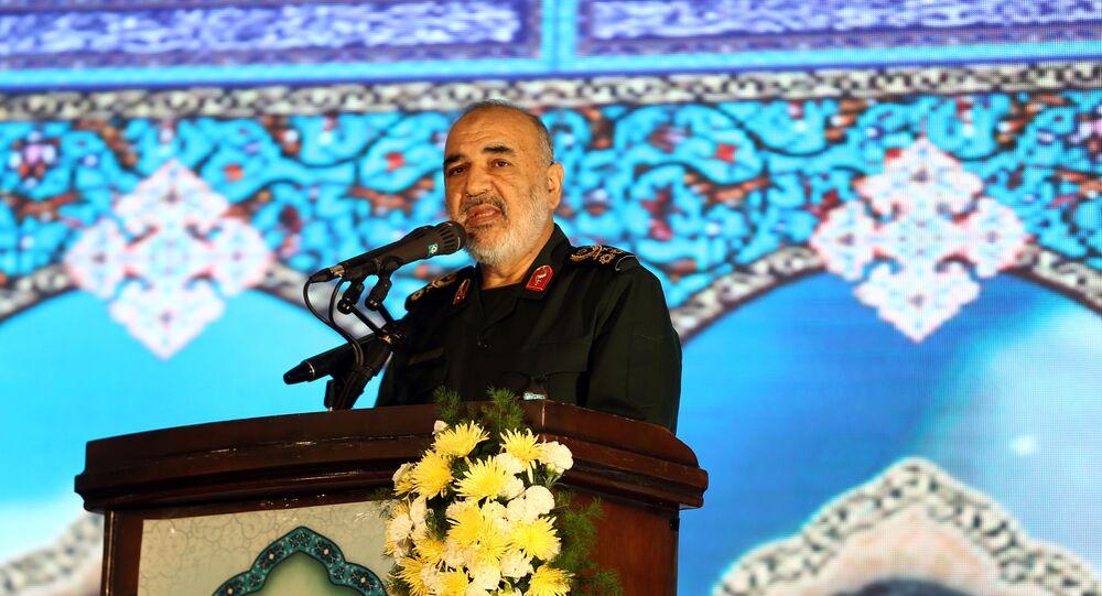القائد العام للحرس الثوري الإيراني اللواء حسين سلامي،
