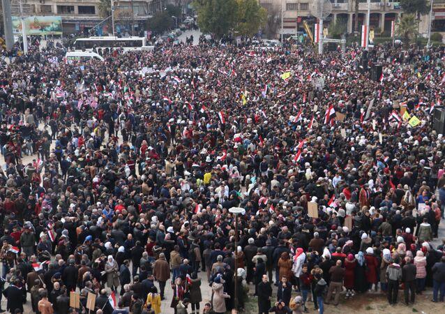 احتفالات أهالي حلب بمناسبة تحرير الجزء الغربي من الريف والقرى الغربية
