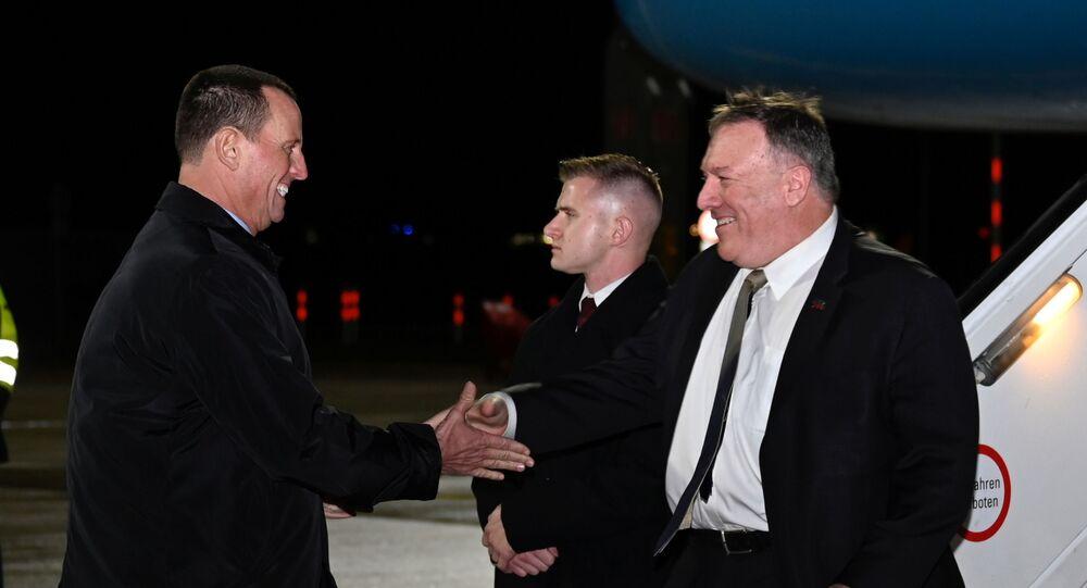 مدير الاستخبارات الأمريكية الجديد ريتشارد غرينيل خلال لقائه وزير الخارجية الأمريكي مايك بومبيو