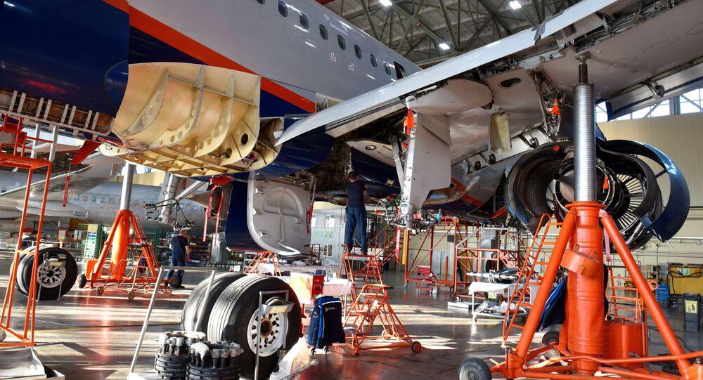 مصنع الطيران المدني في مينيرالنيه فودي الروسية، شركة الطيران الروسية إس 7 (S7)، لتصنيع وتصليح وصيانة طائرات في روسيا ورابطة الدول المستقلة