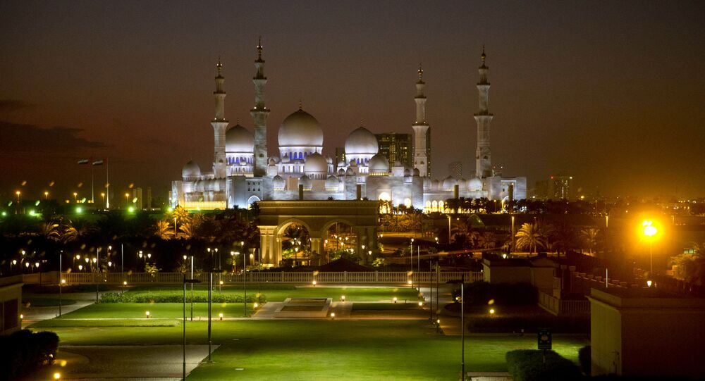 مسجد الشيخ زايد بن سلطان آل نهيان - الإمارات