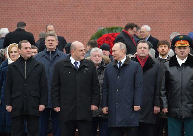 فلاديمير بوتين عند ضريح الجندي المجهول