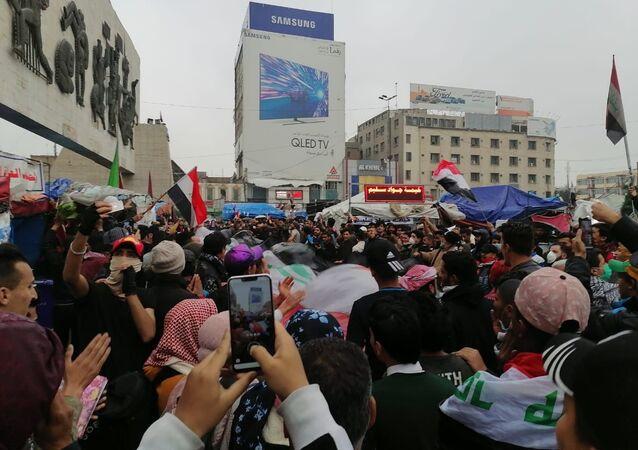 احتجاجات مليونية في بغداد ضد الحكومة الجديدة