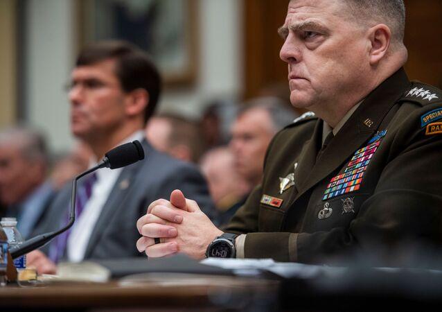 وزير الدفاع الأمريكي مارك إسبر ورئيس الأركان مارك ميلي في لجنة القوات المسلحة بالكونغرس