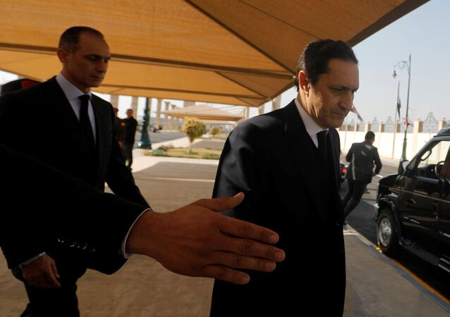 علاء وجمال مبارك في جنازة والدهما الرئيس المصري محمد حسني مبارك، القاهرة، 26 فبراير/ شباط 2020