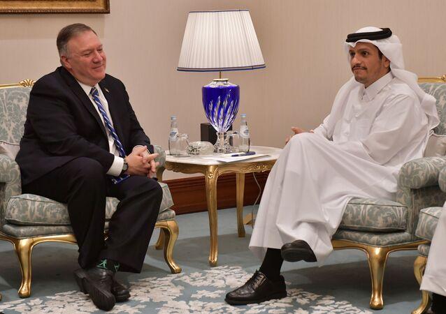 وزير الخارجية القطري الشيخ محمد بن عبد الرحمن آل الثاني ومع وزير الخارجية الأمريكي مايك بومبيو في الدوحة