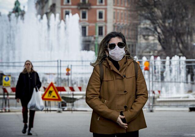 فيروس كورونا - ميلانو، إيطاليا، فبراير 2020