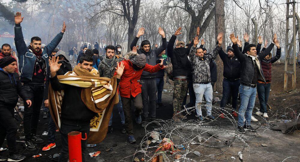 وضع اللاجئين على الحدود التركية اليونانية، تركيا، اليونان، 29 فبراير 2020