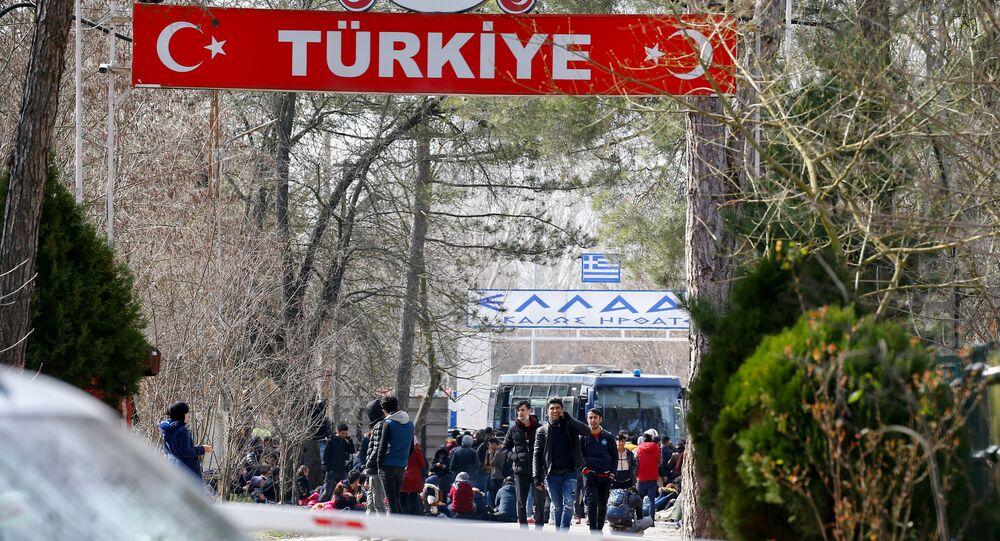 مهاجرون على الحدود التركية اليونانية، تركيا، اليونان، 28 فبراير 2020