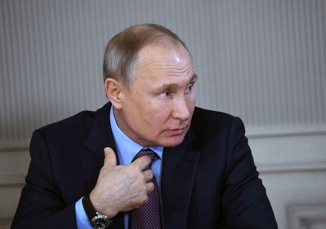 فلاديمير بوتين خلال زيارته مدينة إيفانوفو