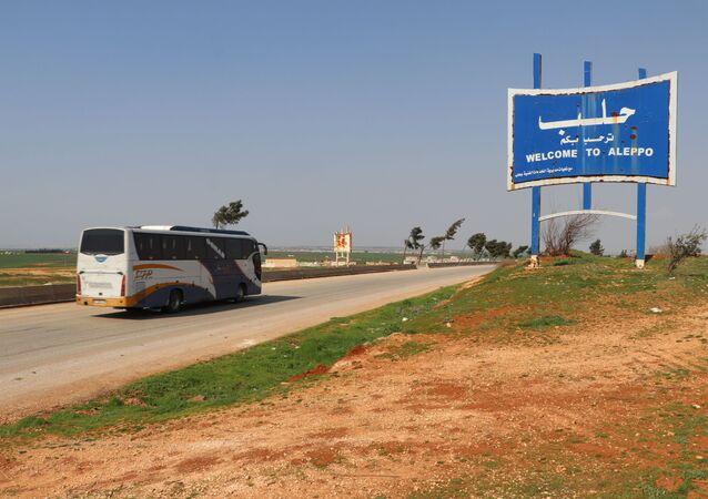 الهدوء وعودة الحياة إلى طريق حلب - دمشق الدولي إم-5
