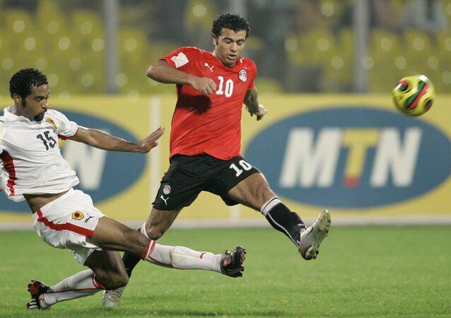 لاعب الأهلي ومنتخب مصر السابق عماد متعب