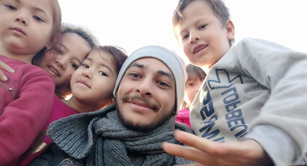 لاجئون سوريون على الحدود التركية، مارس 2020