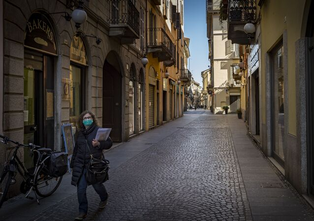 انتشار فيروس كورونا - نوفارا، إيطاليا 11 مارس 2020